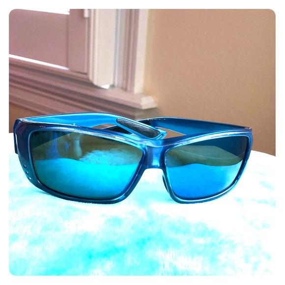 505fb016bf0d7 Costa Other -  REDUCED  Costa Del Mar sunglasses
